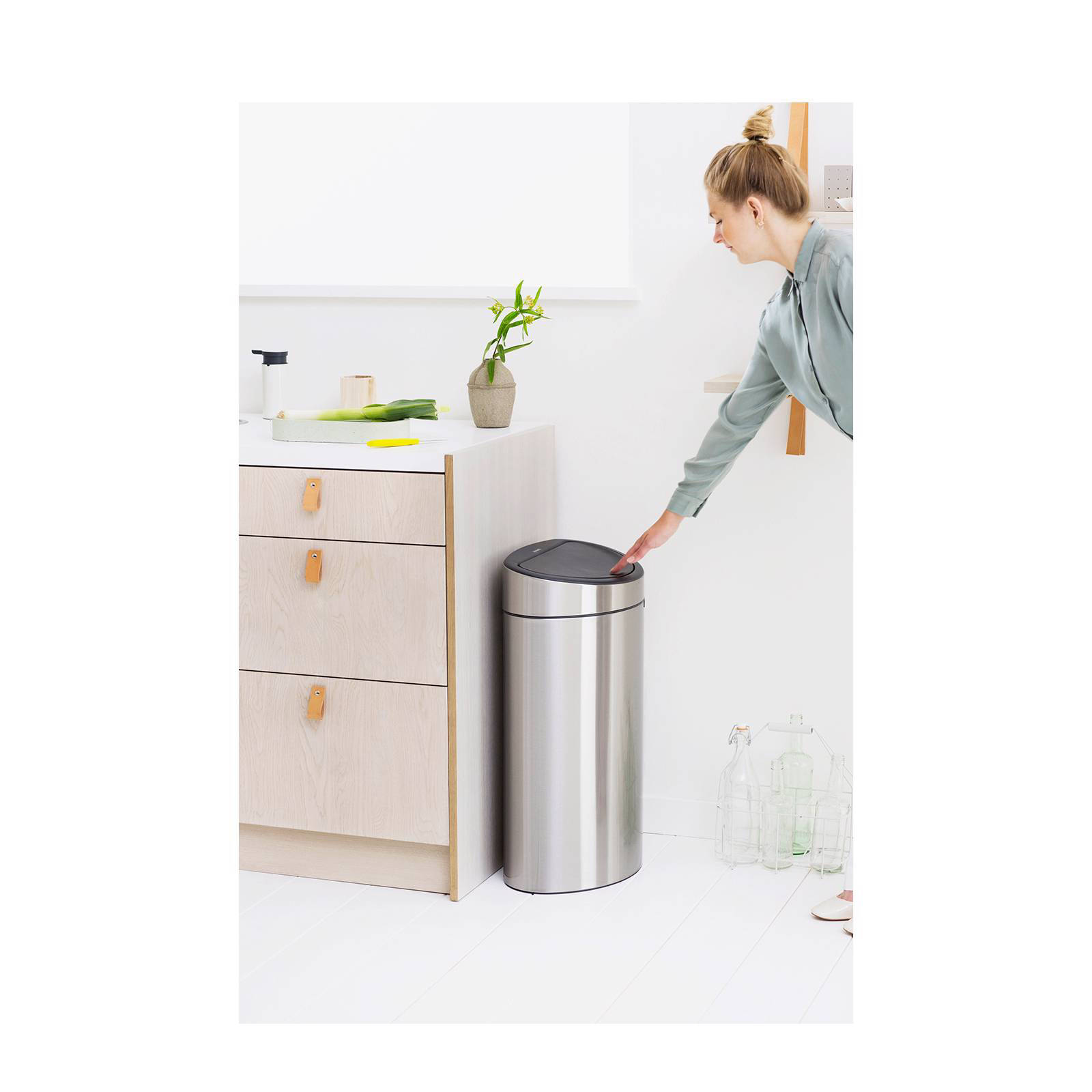 Brabantia Touch Bin Rvs.Recycling Kitchen Bins Brabantia Kitchen Appliances Tips And Review
