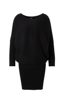 fijnbrei jurk met vleermuismouw
