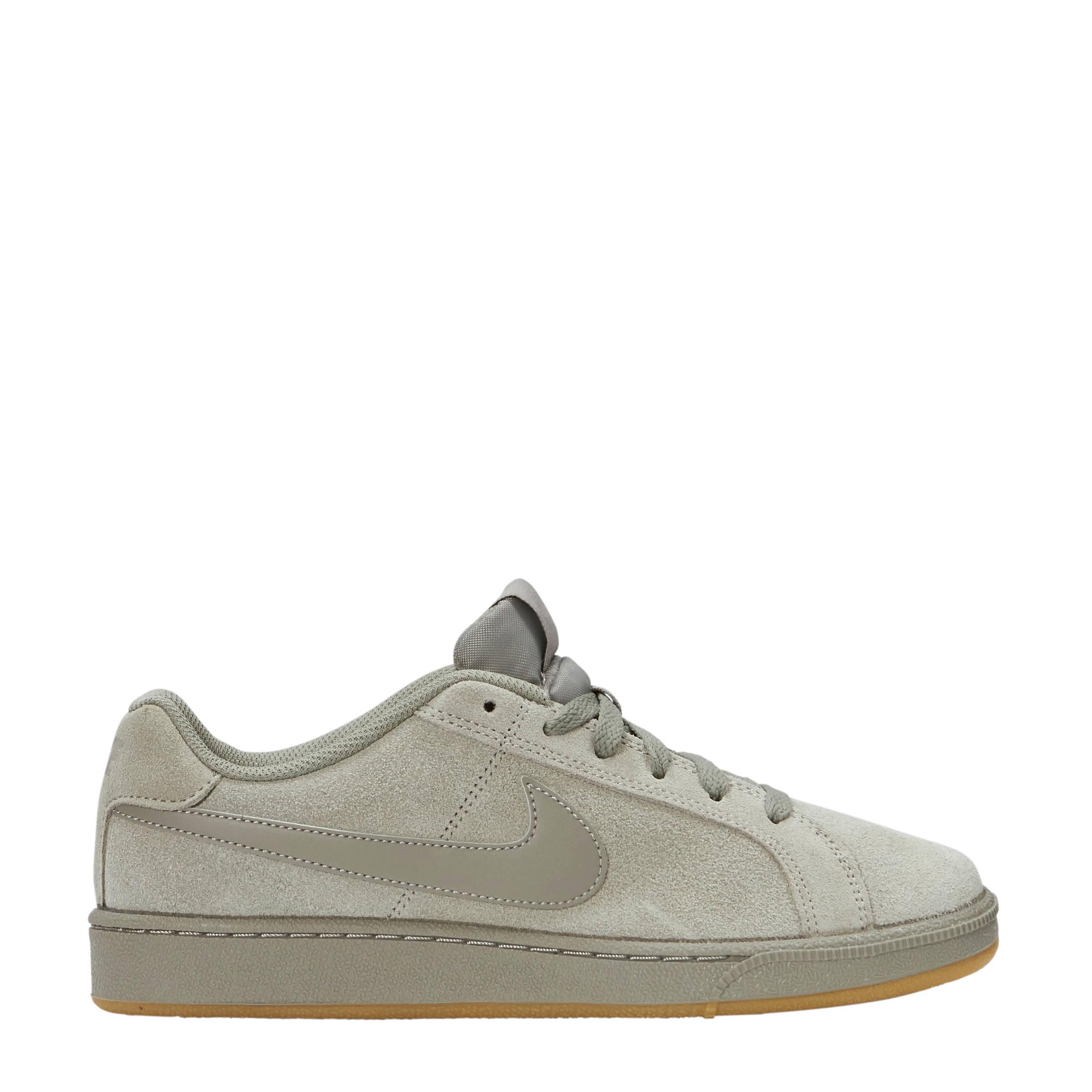 Court Royale suède sneakers
