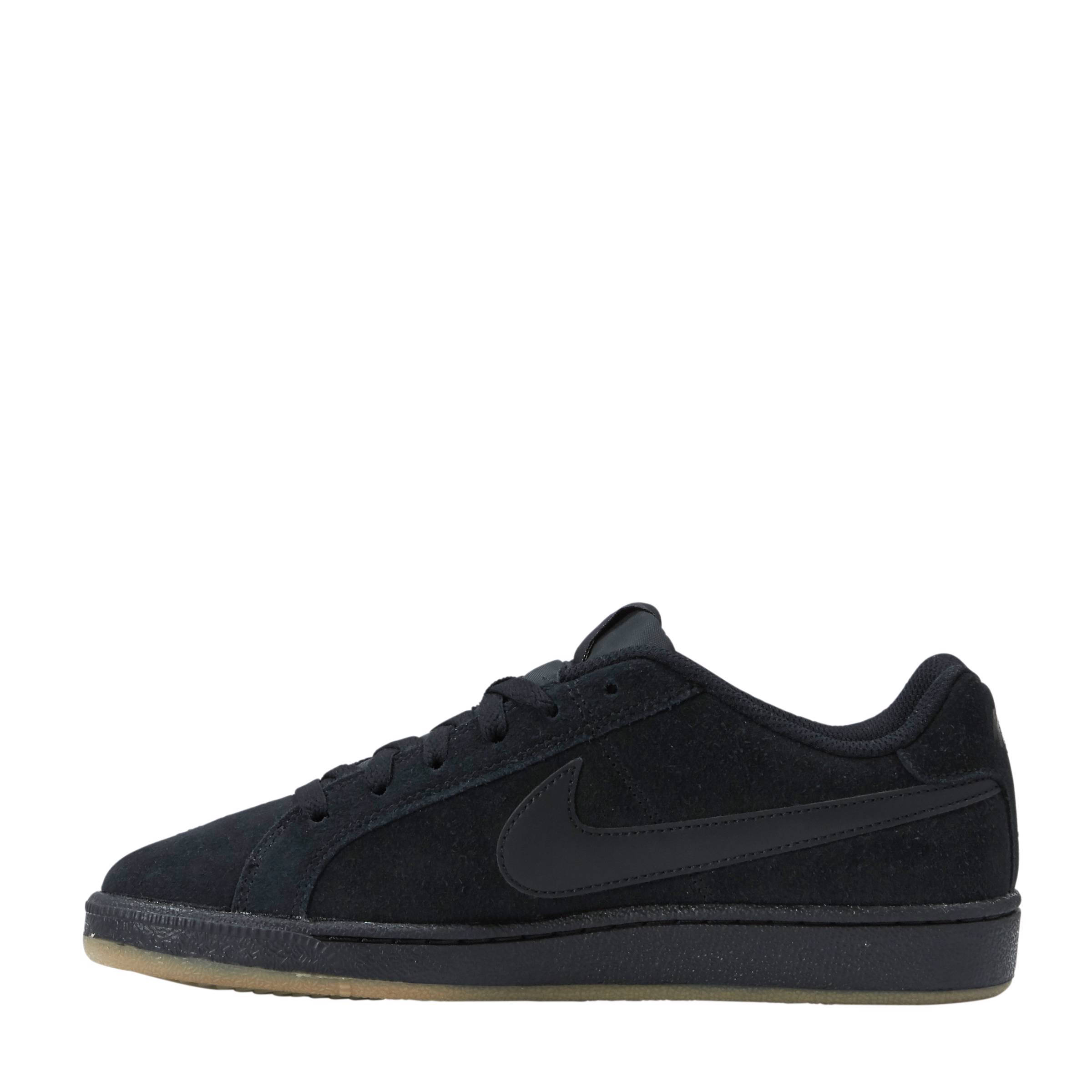 ef1bc5f9f Nike Court Royale suède sneakers