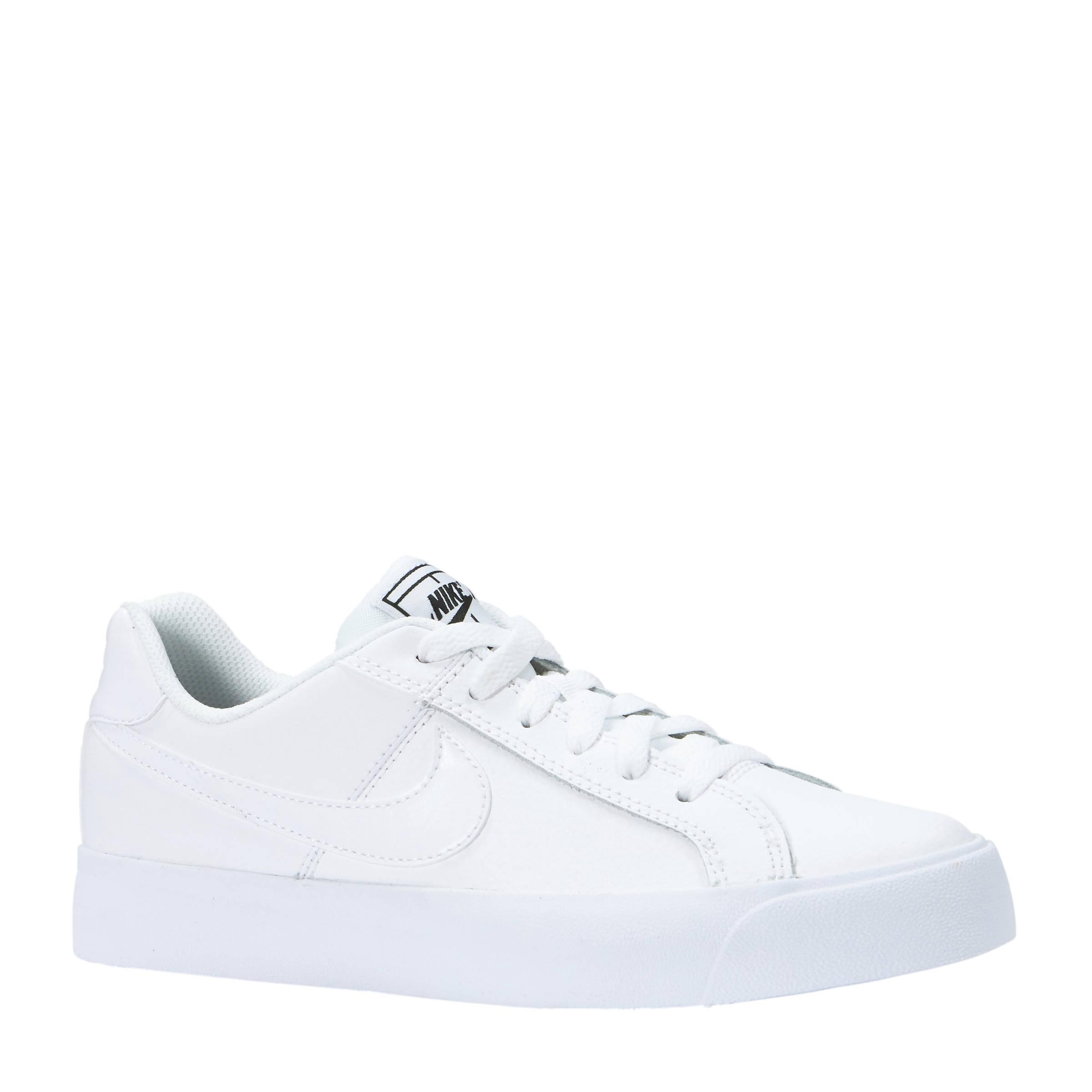 Court Royale AC leren sneakers