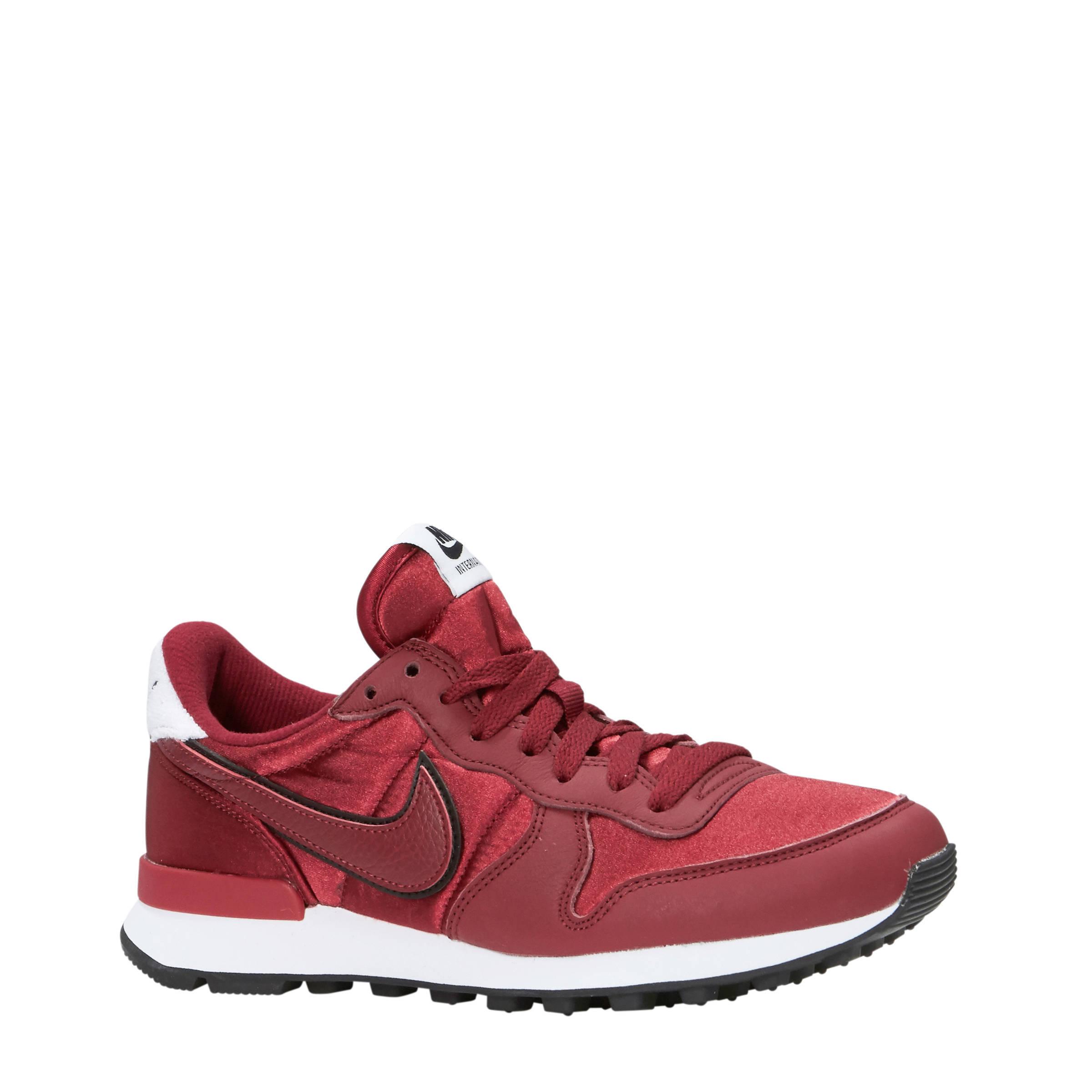 Nike Internationalist Heat sneakers donkerrood | wehkamp