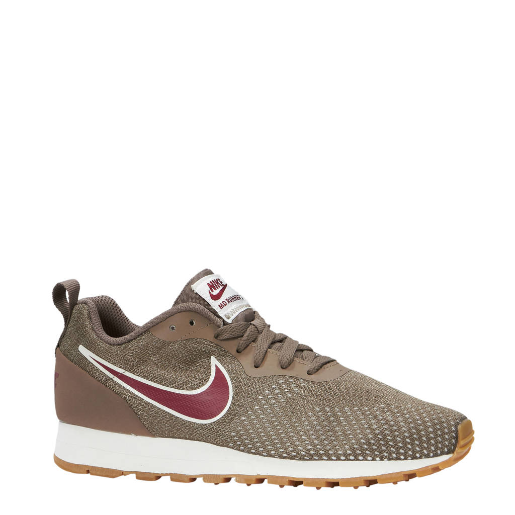eaed7c40a9f Nike MD Runner 2 Eng Mesh sneakers bruin, Bruin/rood