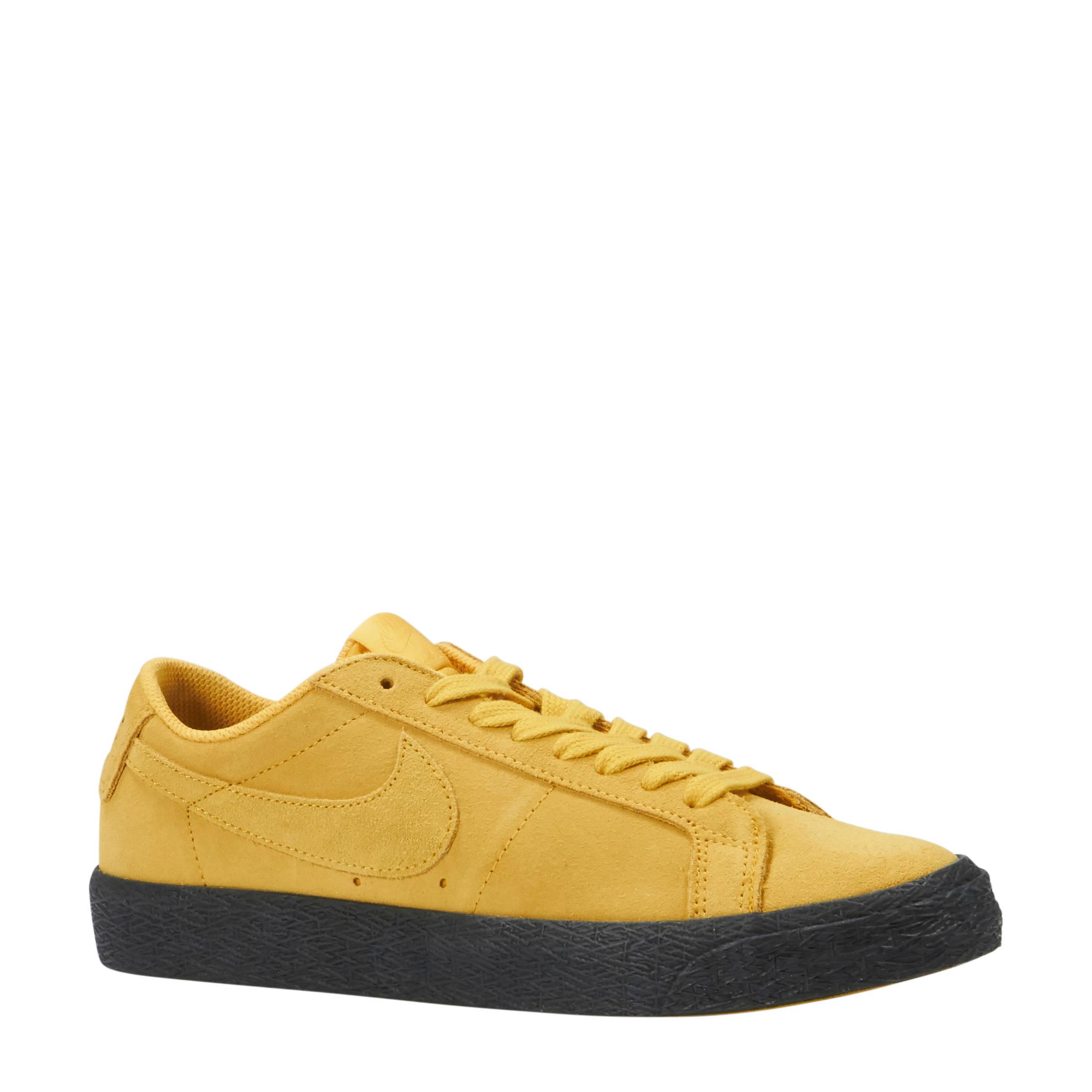 Nike SB Zoom Blazer Low suède sneakers geel | wehkamp