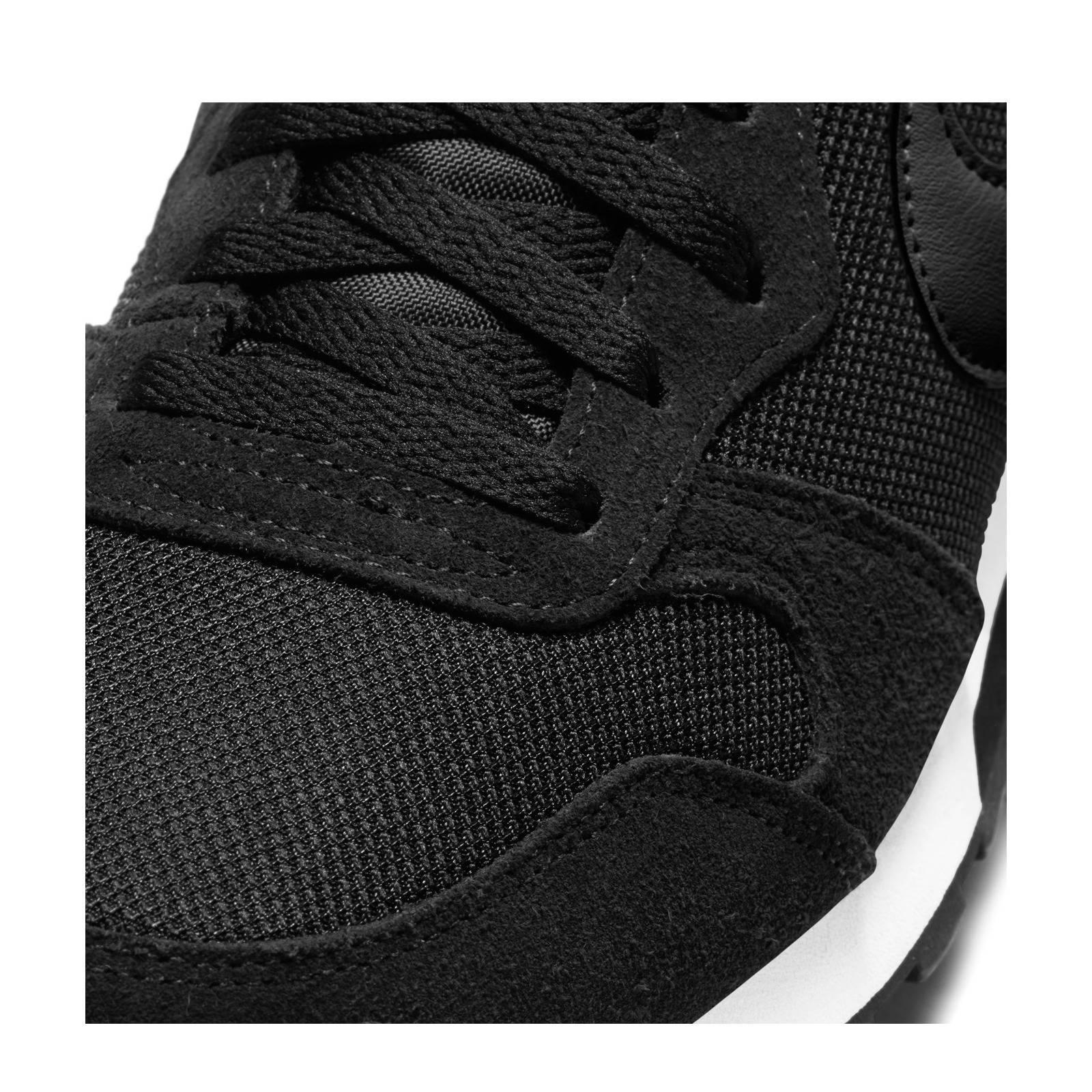 335440ca4e9 Nike MD Runner 2 sneakers | wehkamp