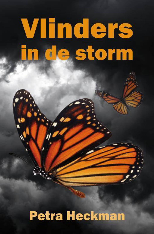 Vlinders in de storm - Petra Heckman