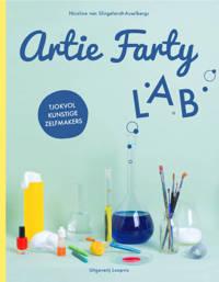 Artie Farty Lab - Nicoline van Slingelandt-Asselbergs