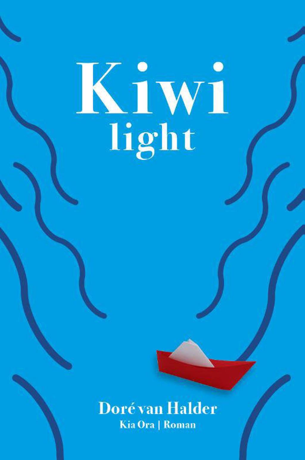 Kiwi light - Doré van Halder