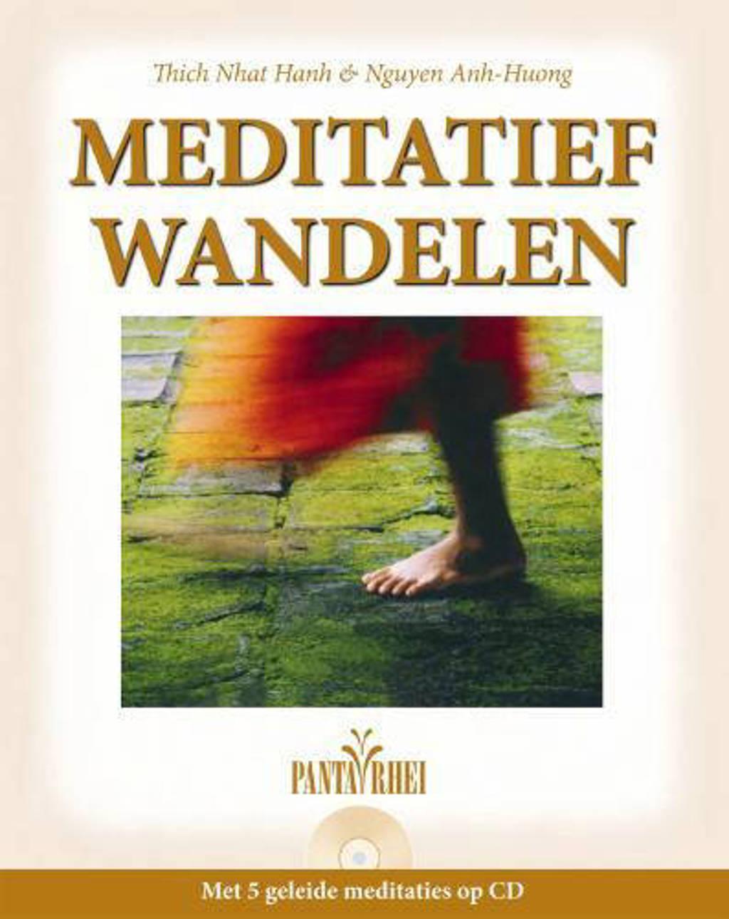 Meditatief wandelen - Nguyen Anh-Huong en Thich Nhat Hahn