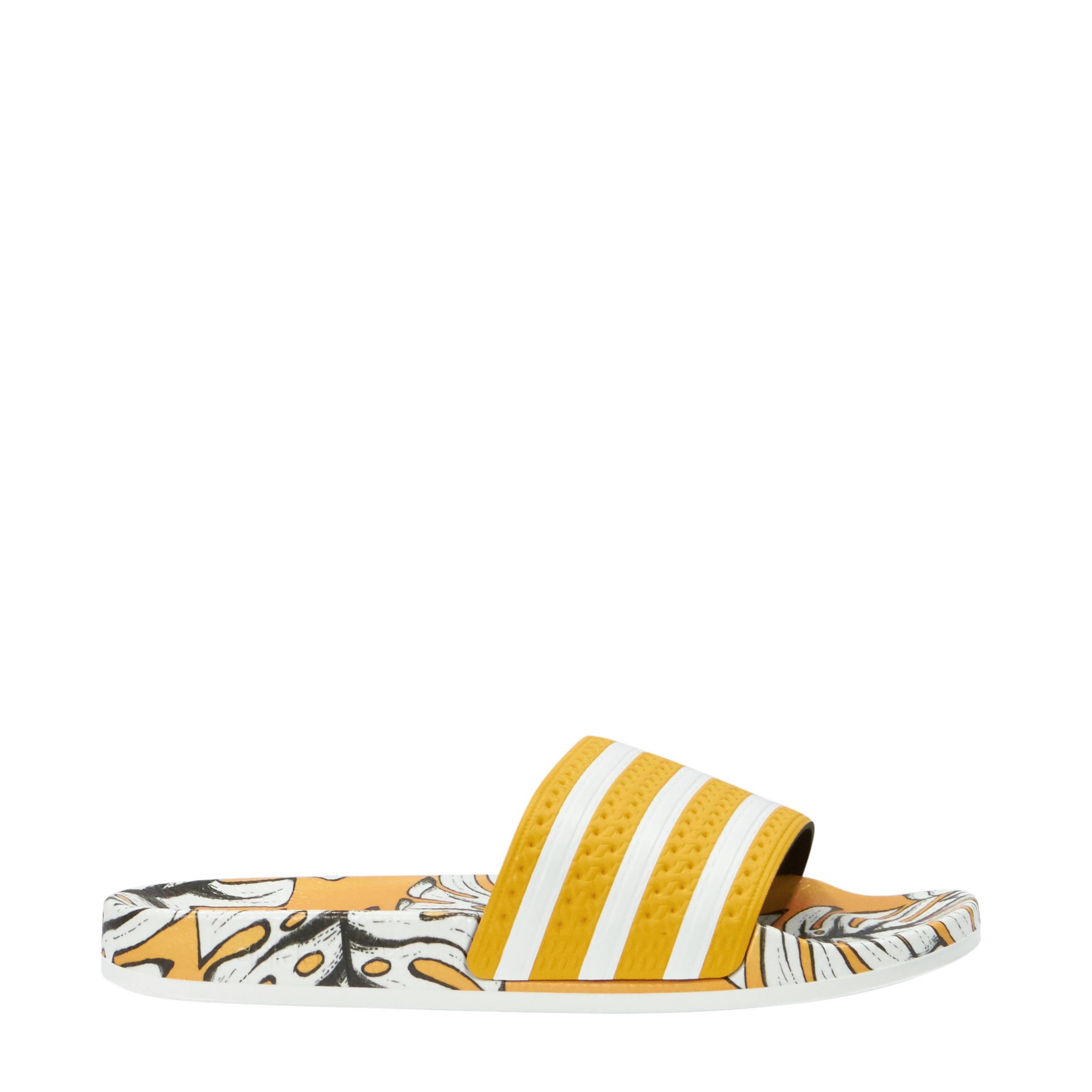 newest 388d1 9c53c adidas originals Adilette W badslippers geelwit print  wehka