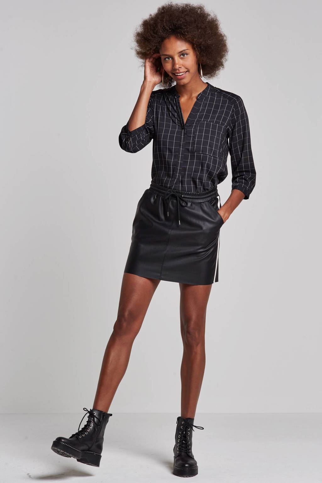 VERO MODA blouse met ruitdessin, Zwart/wit