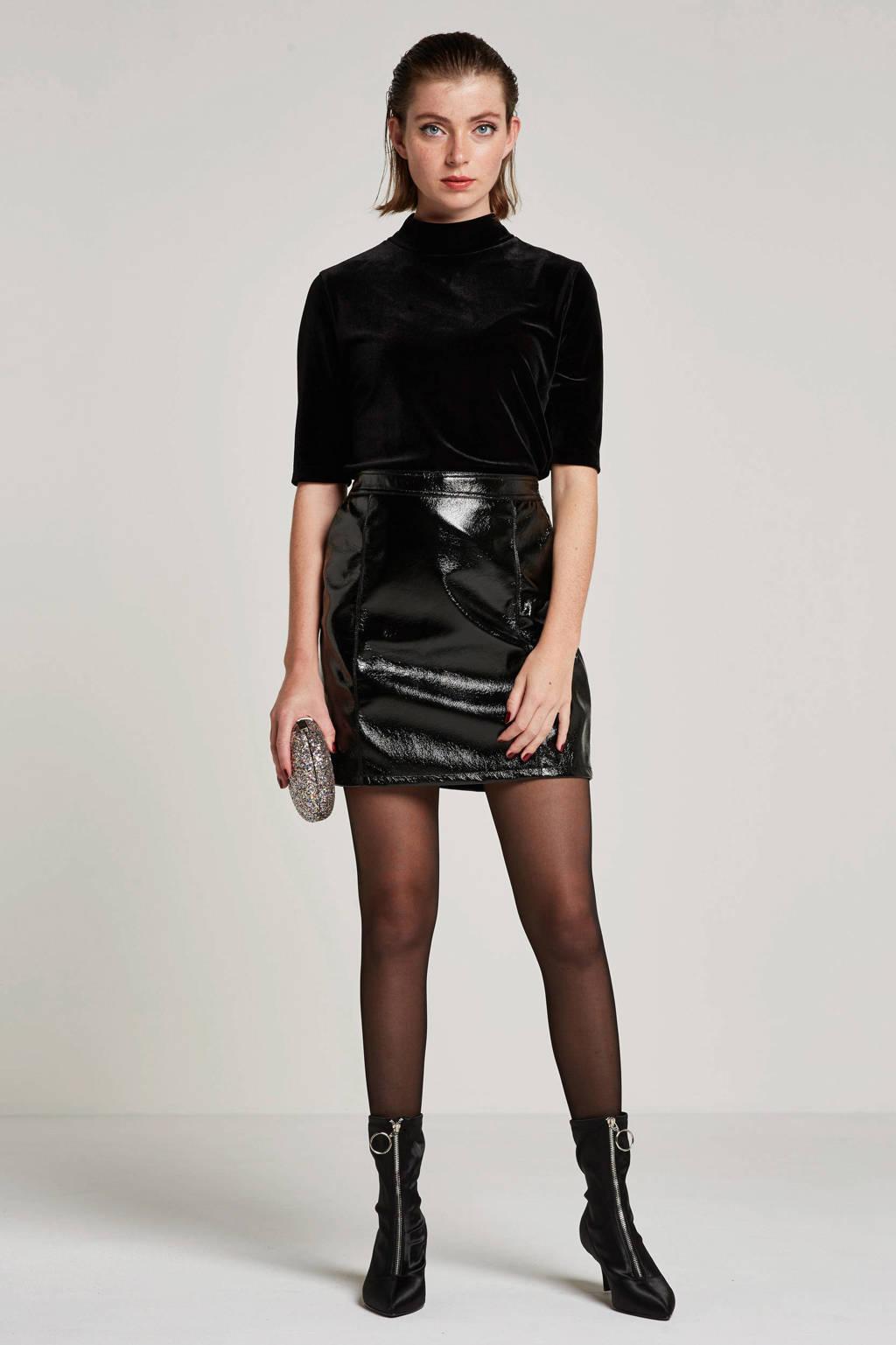 JACQUELINE DE YONG coated rok, Zwart