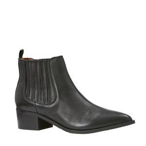 suède chelsea boots