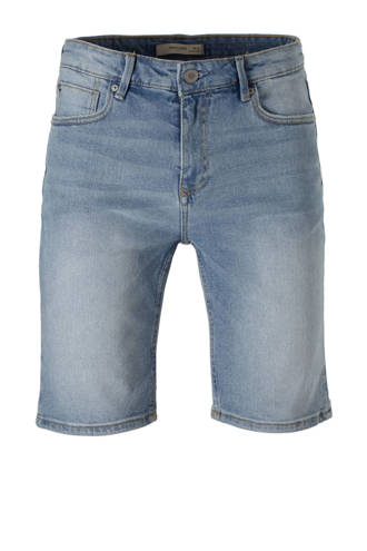 slim fit jeans short