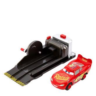 Cars  stunting skills Mcqueen