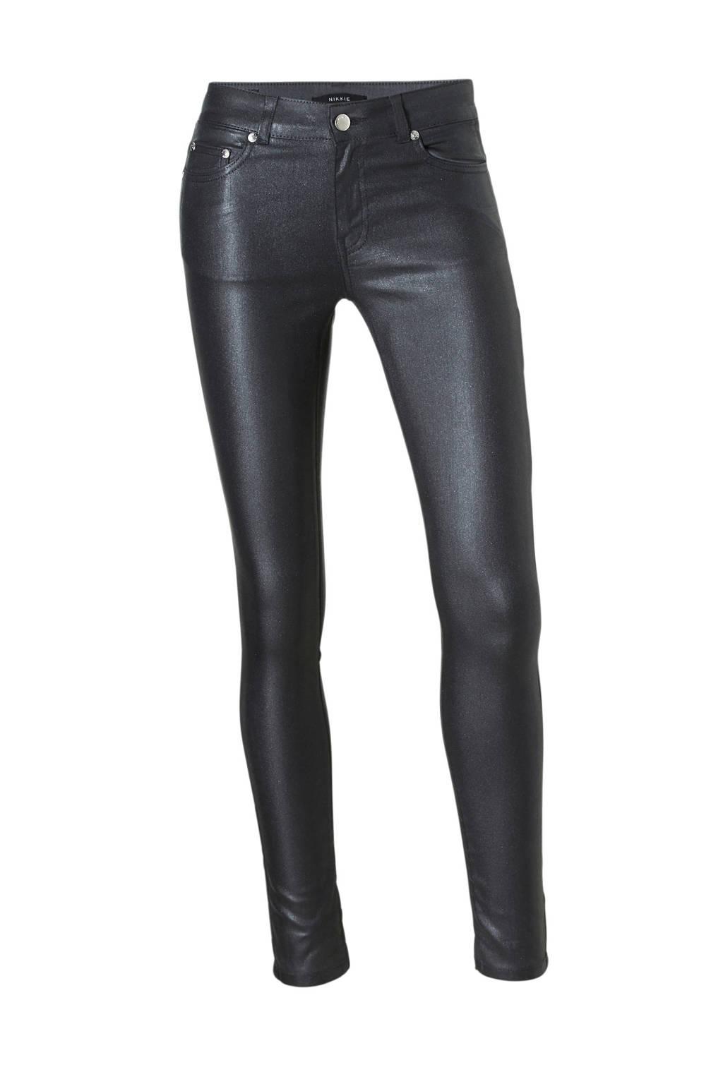 NIKKIE Betty coated skinny fit jeans, Zwart