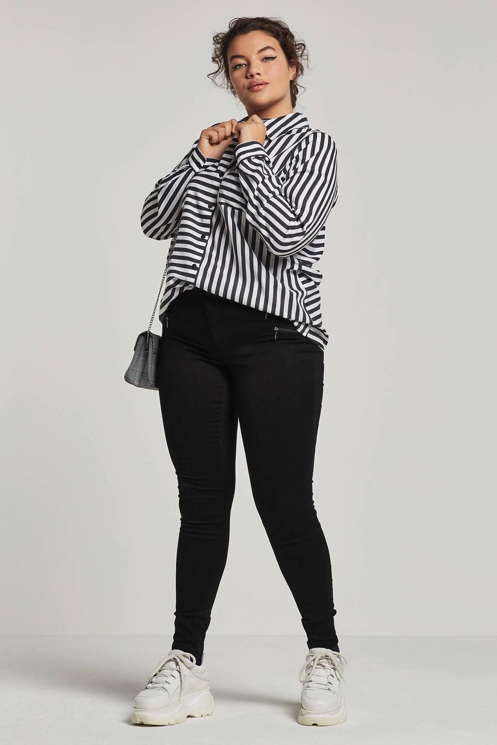 ONLY carmakoma jeans met sier ritszakken, Zwart