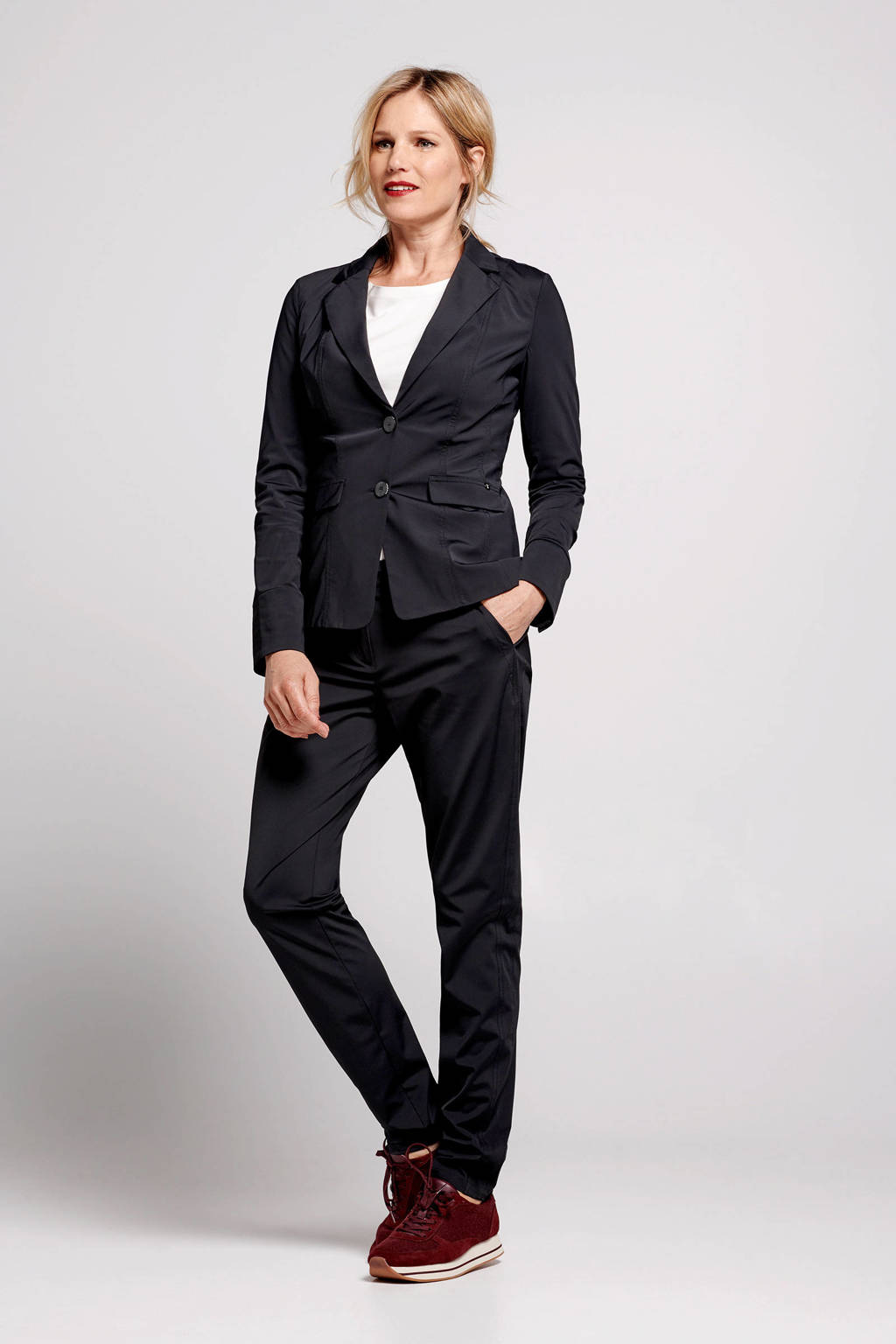 PROMISS tapered fit pantalon zwart, Zwart