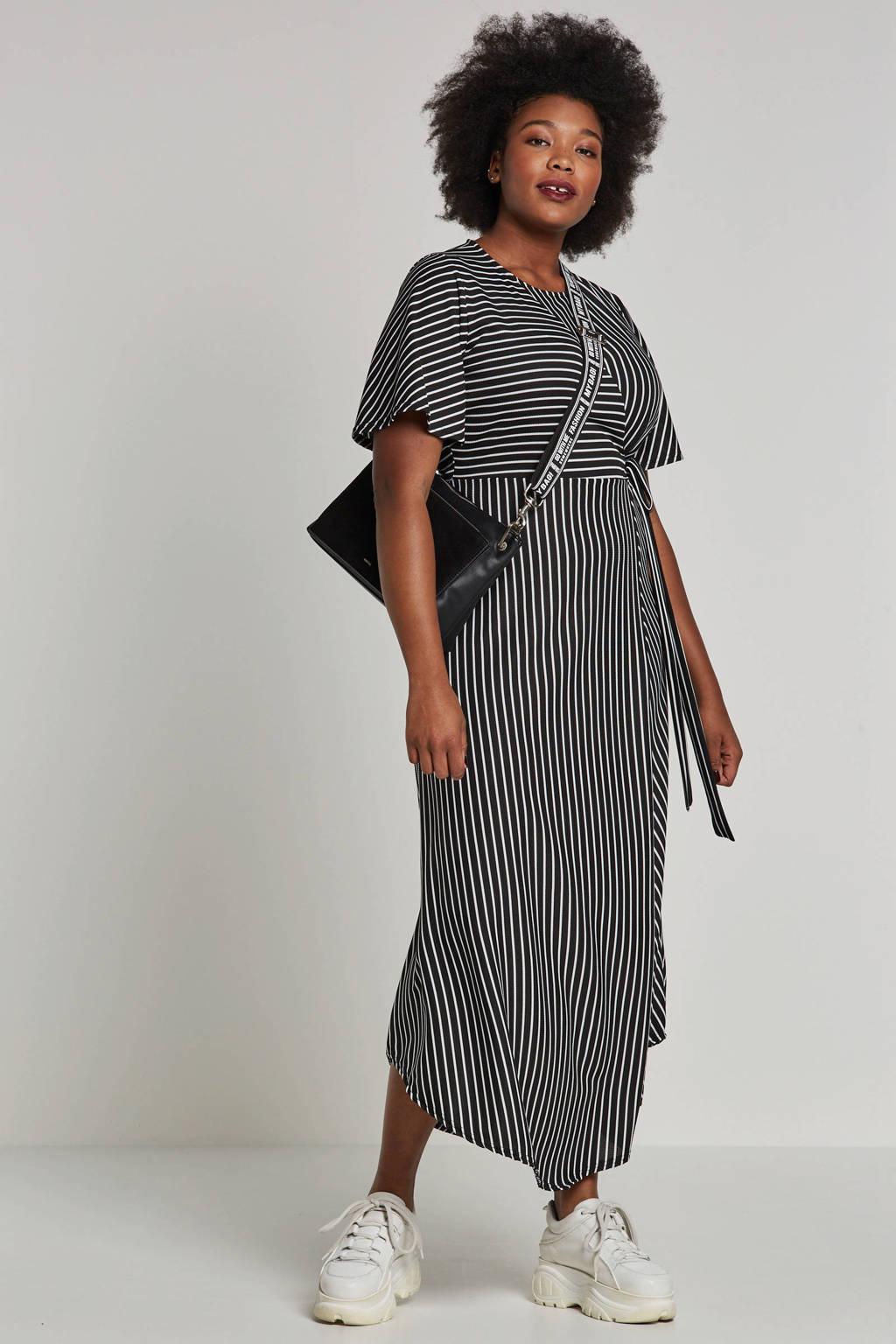 Lost Ink Plus maxi jurk met strepen, Zwart/wit