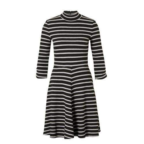 gestreepte A-lijn jurk
