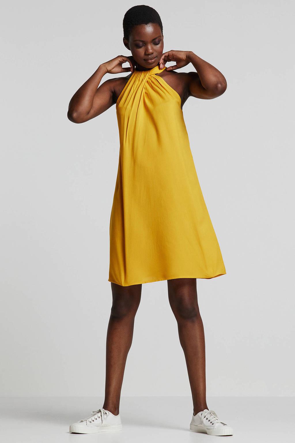 whkmp's beachwave geweven viscose halter A-lijn jurk, Okergeel
