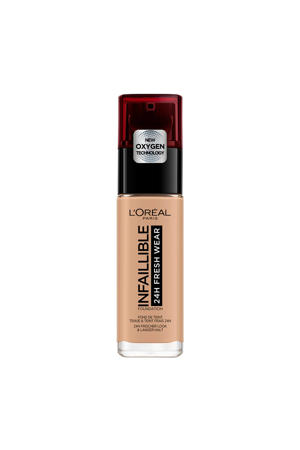 Infallible foundation - 220 Sand