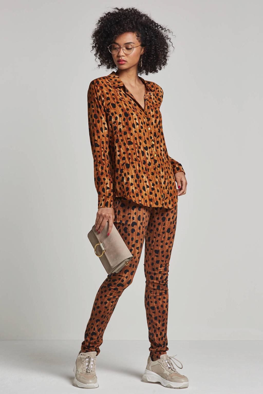 Fabienne Chapot Lily blouse met all over ceetah print, Zwart/bruin