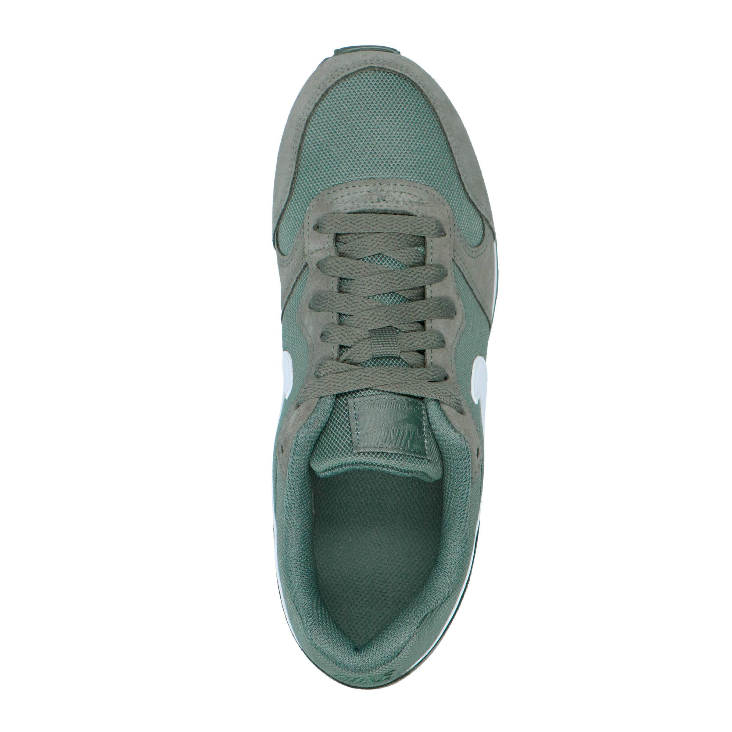 size 40 e714c d9df9 Nike MD Runner 2 PE sneakers groen grijs   wehkamp