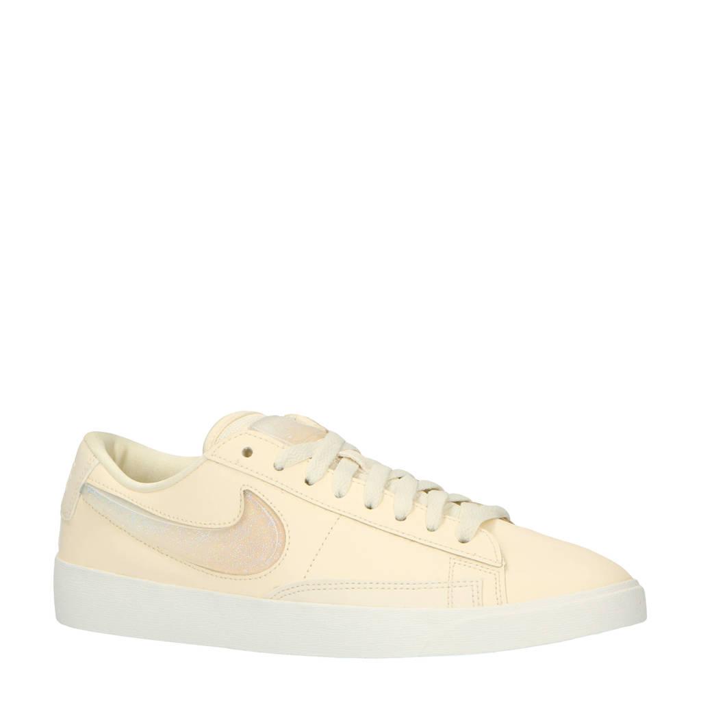 Nike   Blazer Low LX sneakers ecru, Ecru