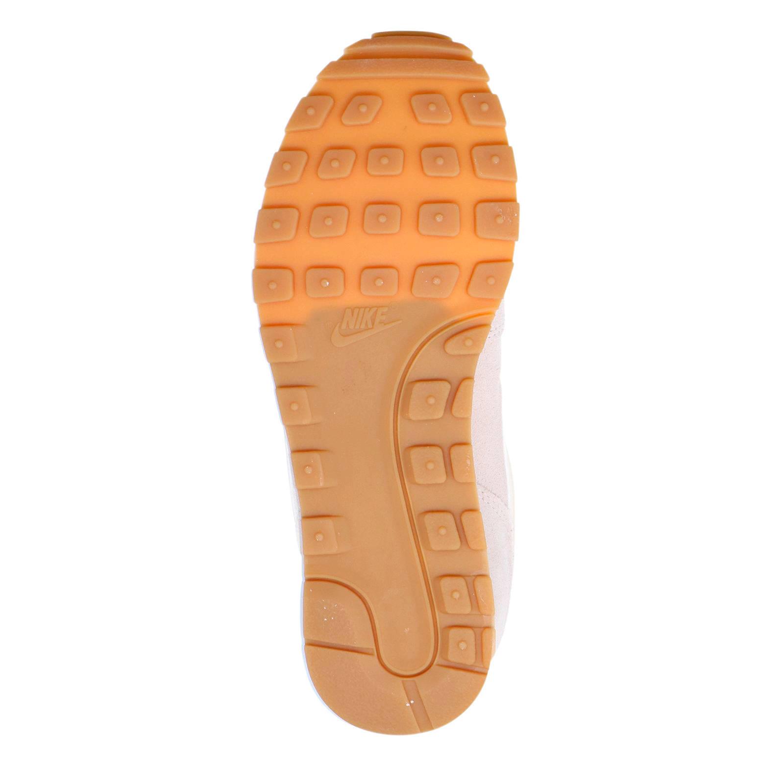 Nike MD Runner 2 SE sneakers ecru | wehkamp