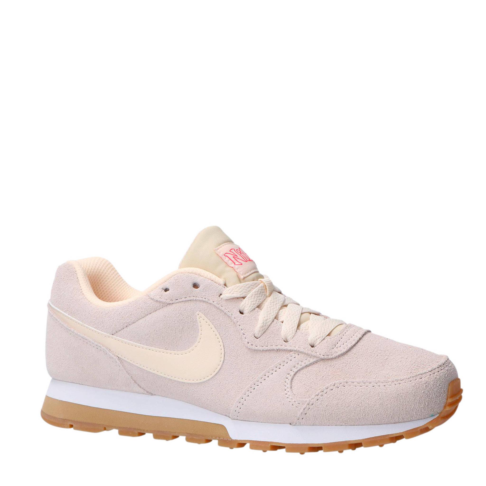 b8035dd90c6 Nike MD Runner 2 SE sneakers ecru | wehkamp