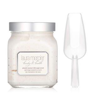 Body & Bath bodyscrub - Almond Coconut Milk
