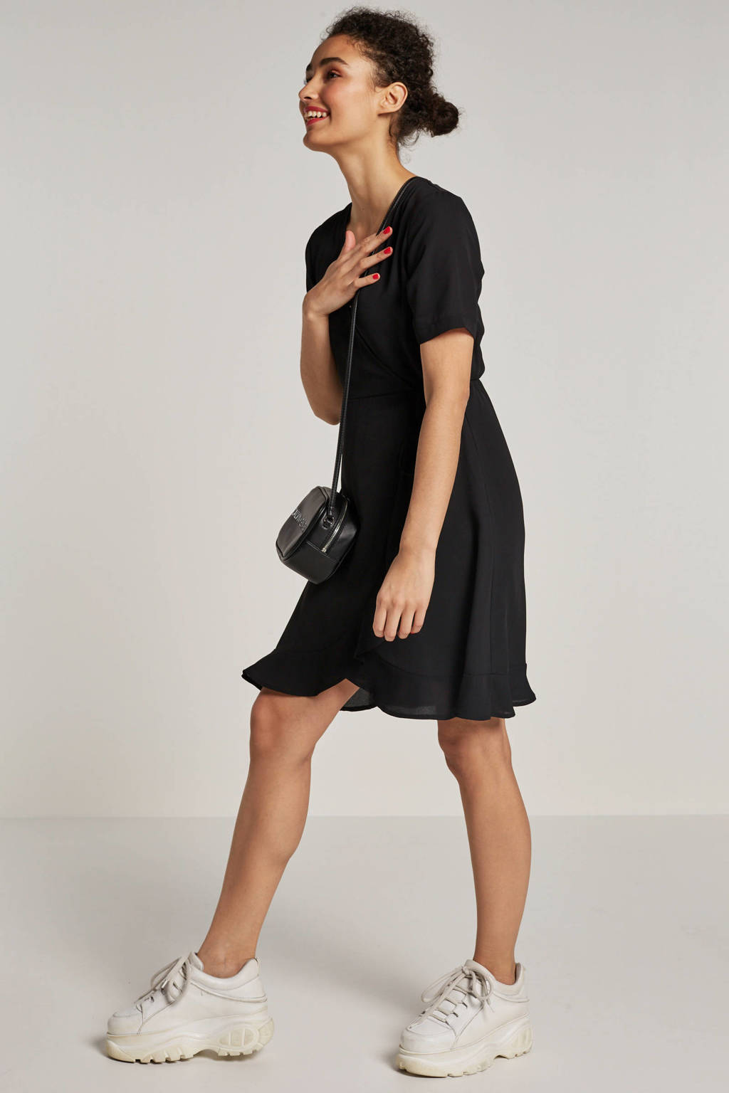 whkmp's own gerecycled polyester wikkel-look jurk, Zwart