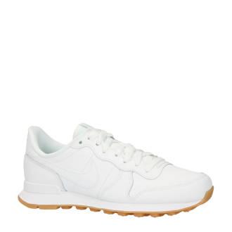 Internationalist sneakers wit