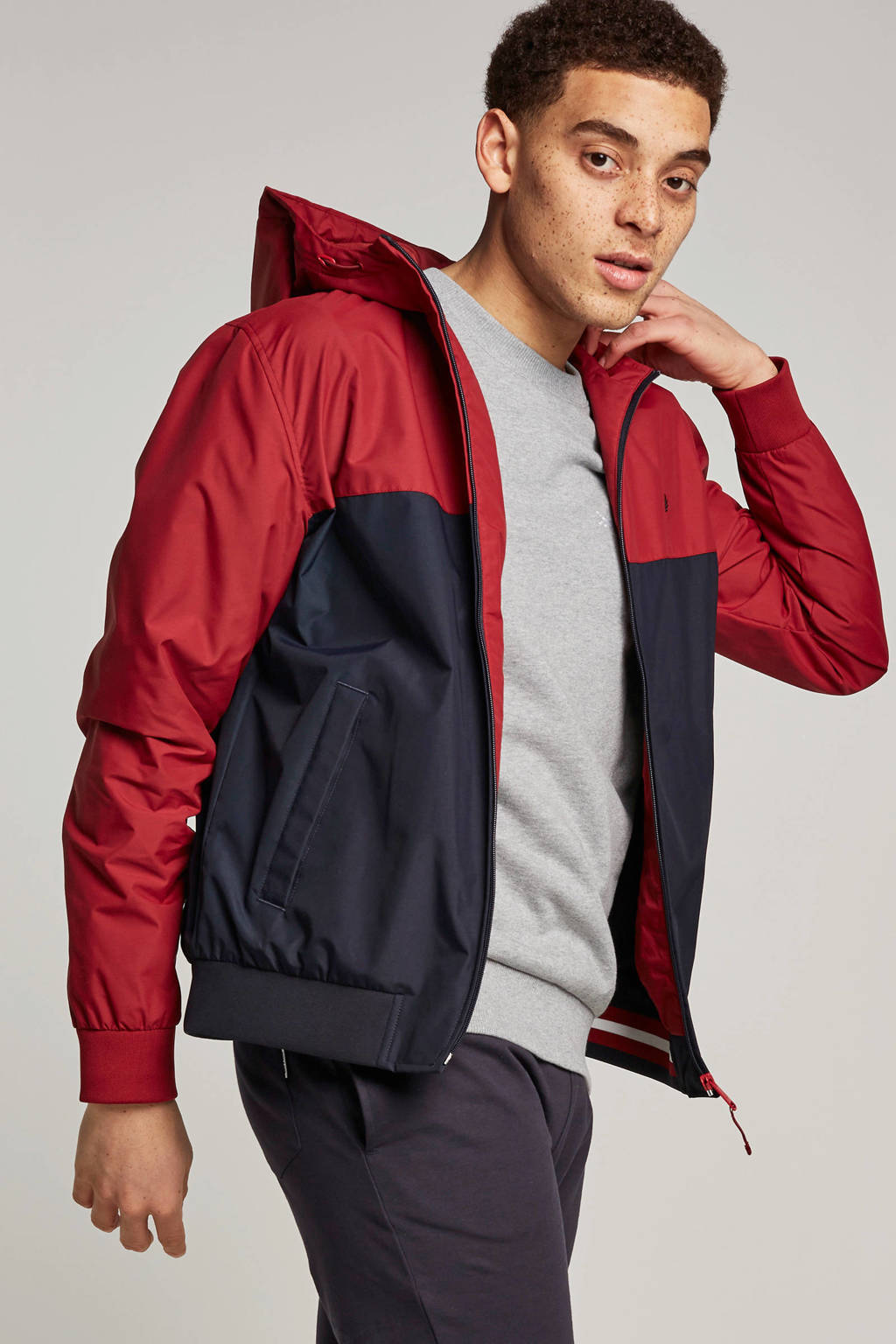 Fred Perry jack, Rood/zwart