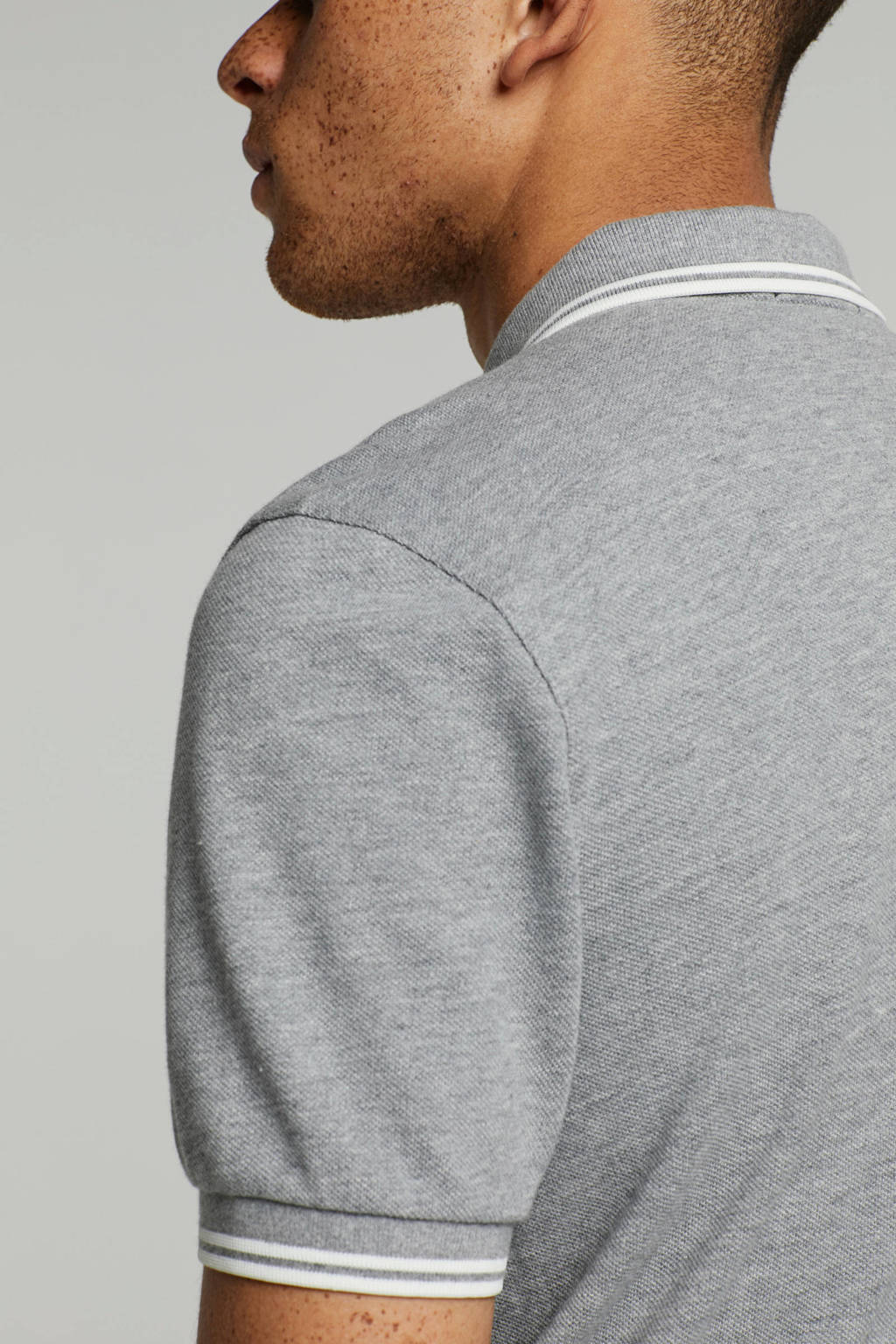 Fred Perry polo, Grijs