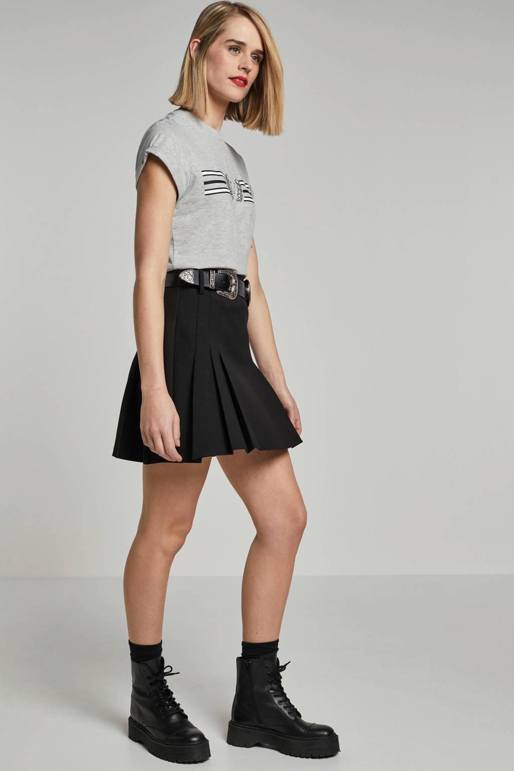 NIKKIE rok met ceintuur zwart, Zwart