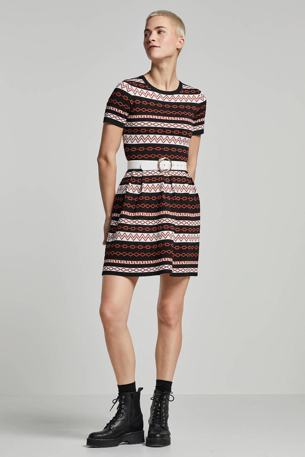 NIKKIE jurk met all over print, Zwart/ bruin/ wit