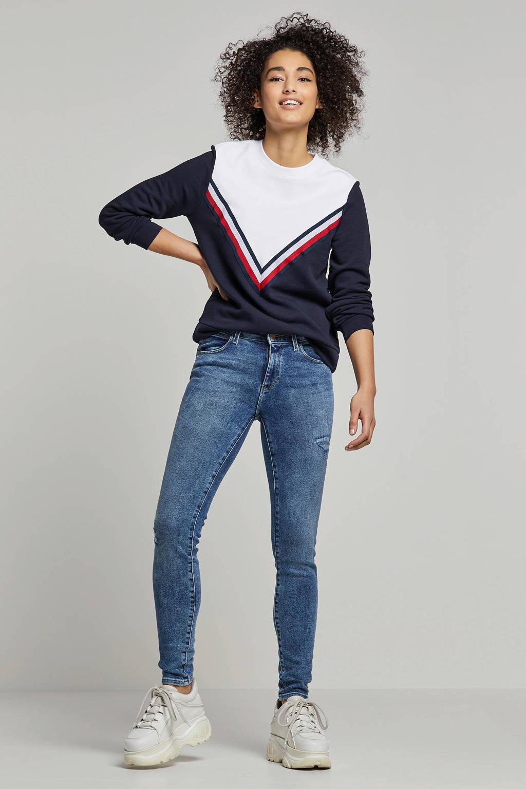 Wrangler skinny jeans met slijtage details, Blauw