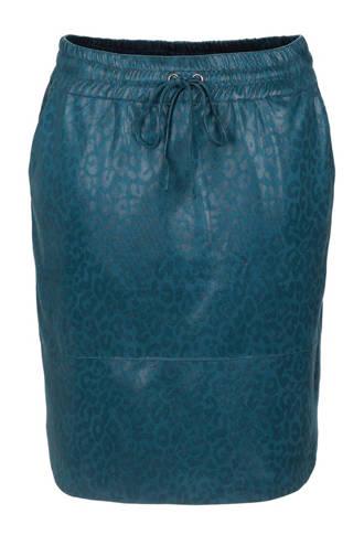 coated rok met panterprint blauw