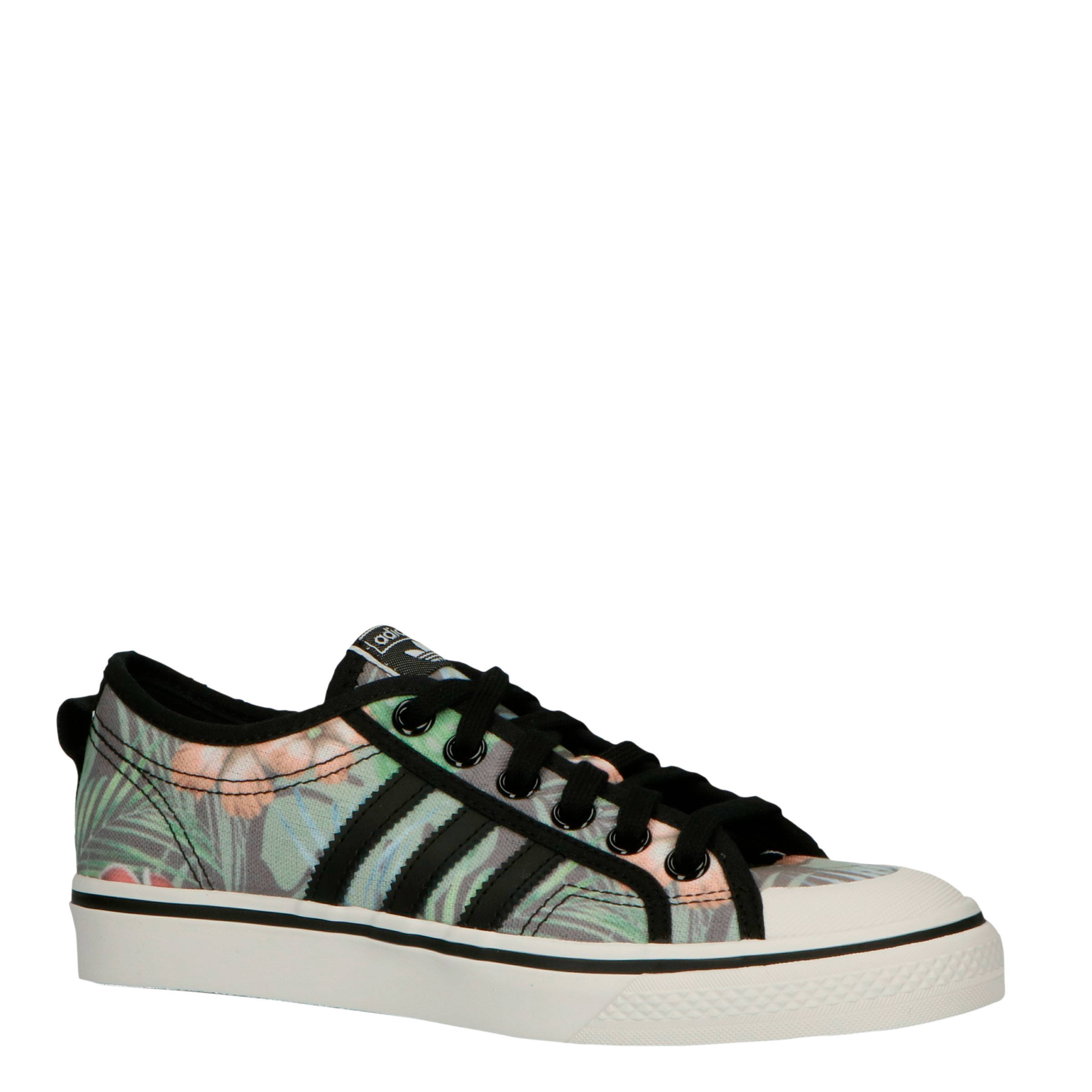 adidas schoenen bloemenprint