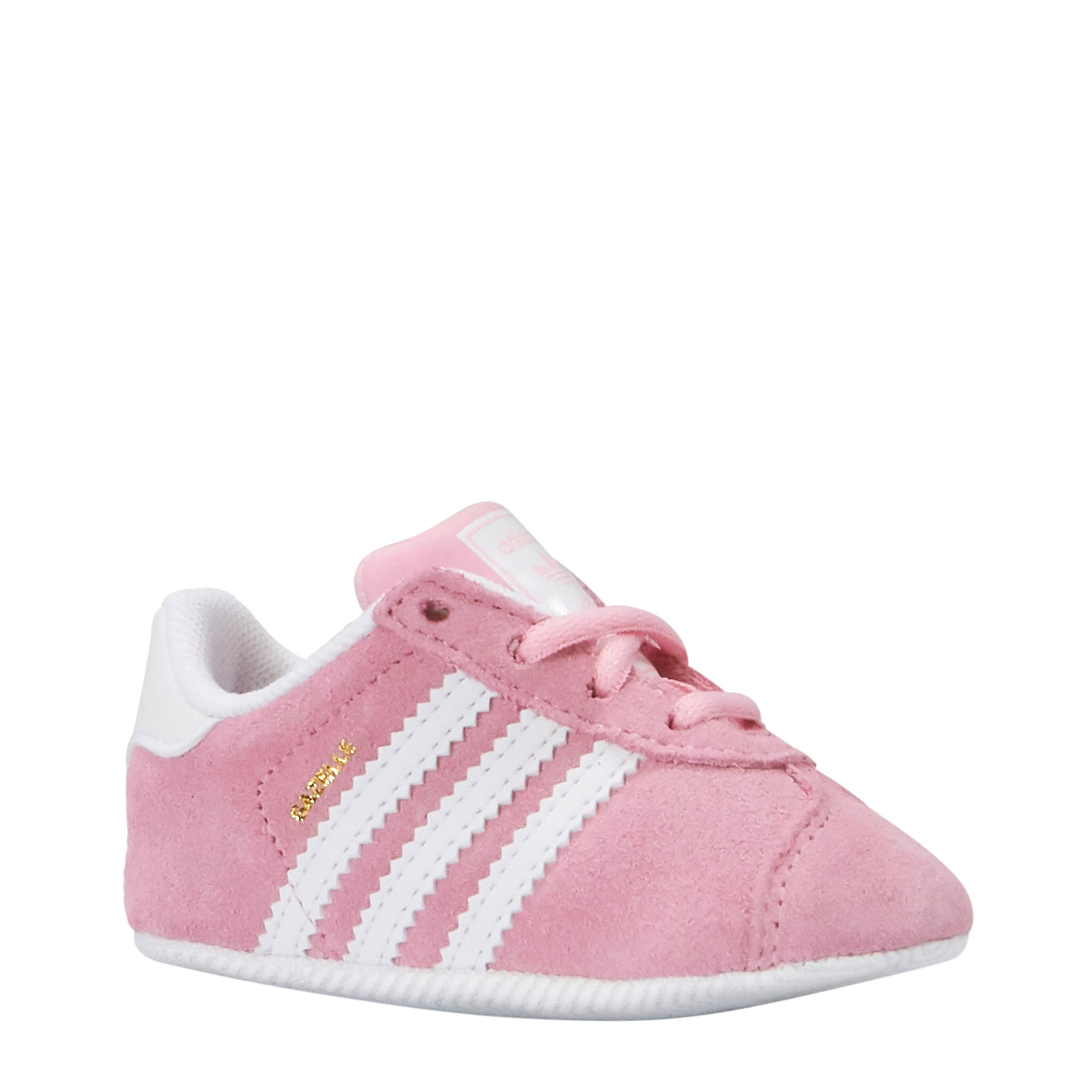 adidas Originals Gazelle CRIB Crib sneakers roze | wehkamp