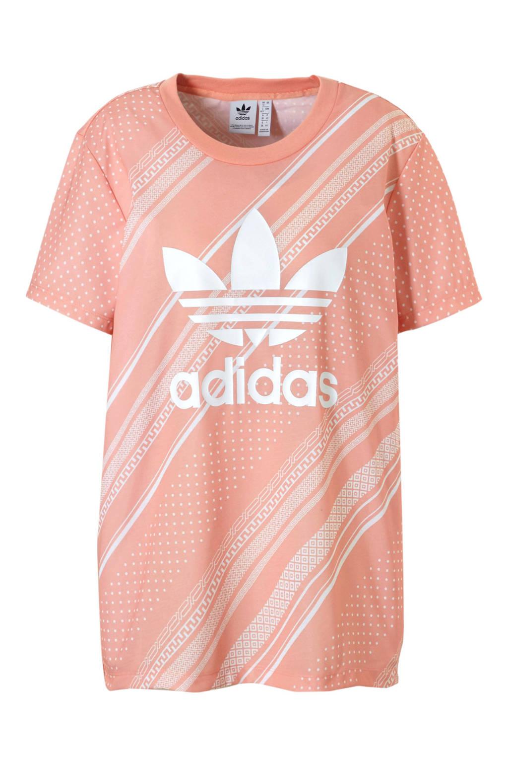 adidas originals T-shirt met all over print zalmroze/wit