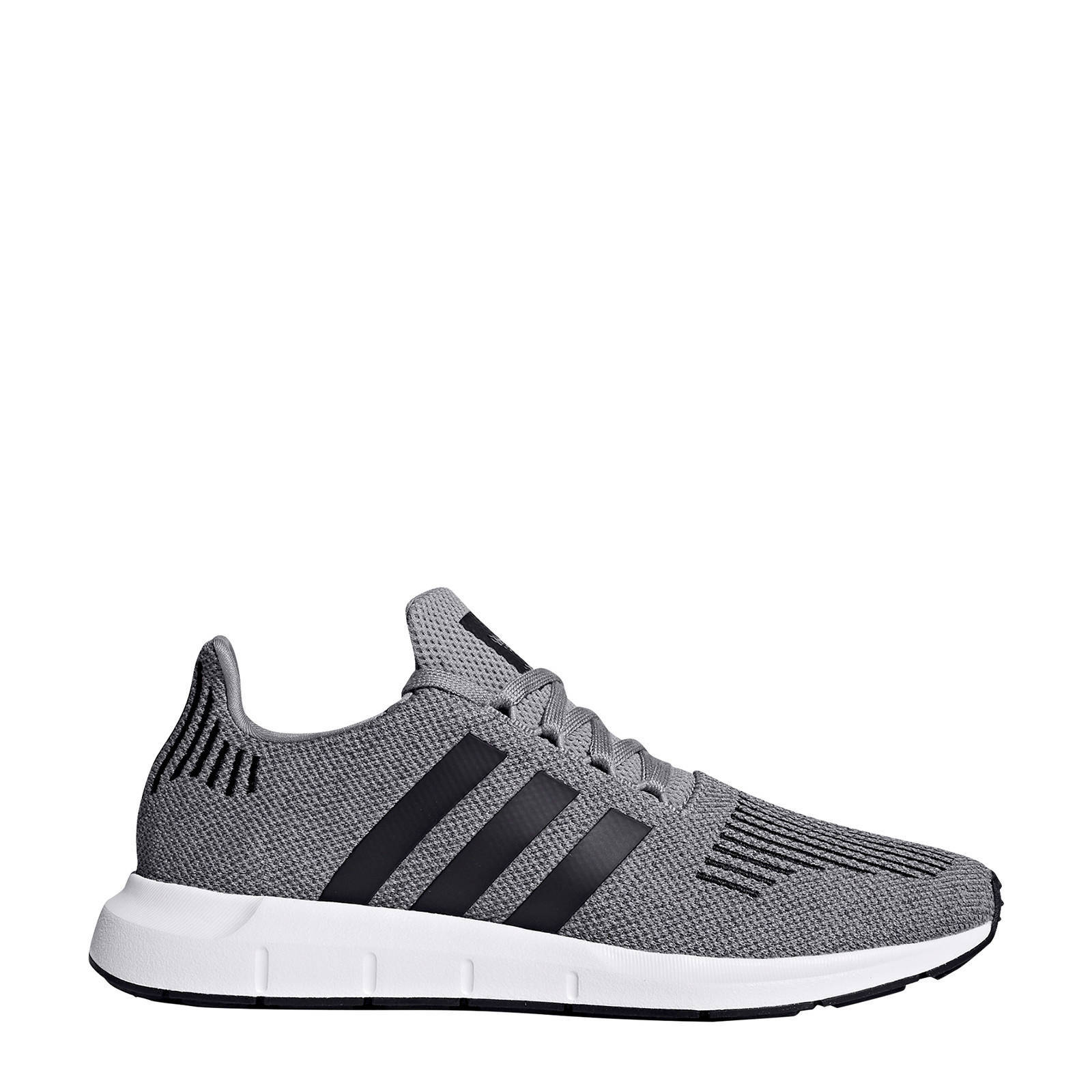 Swift Run sneakers grijszwart