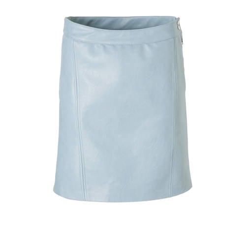 ONLY imitatieleren rok lichtblauw kopen