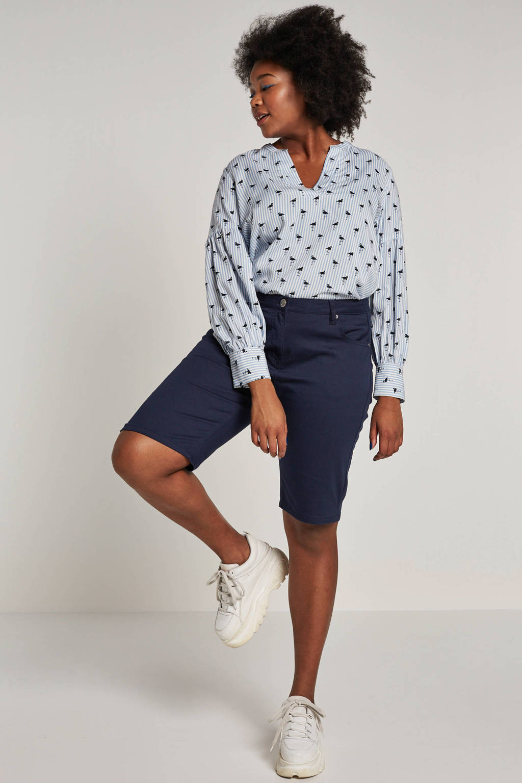 ONLY carmakoma blouse met all over print lichtblauw, Lichtblauw