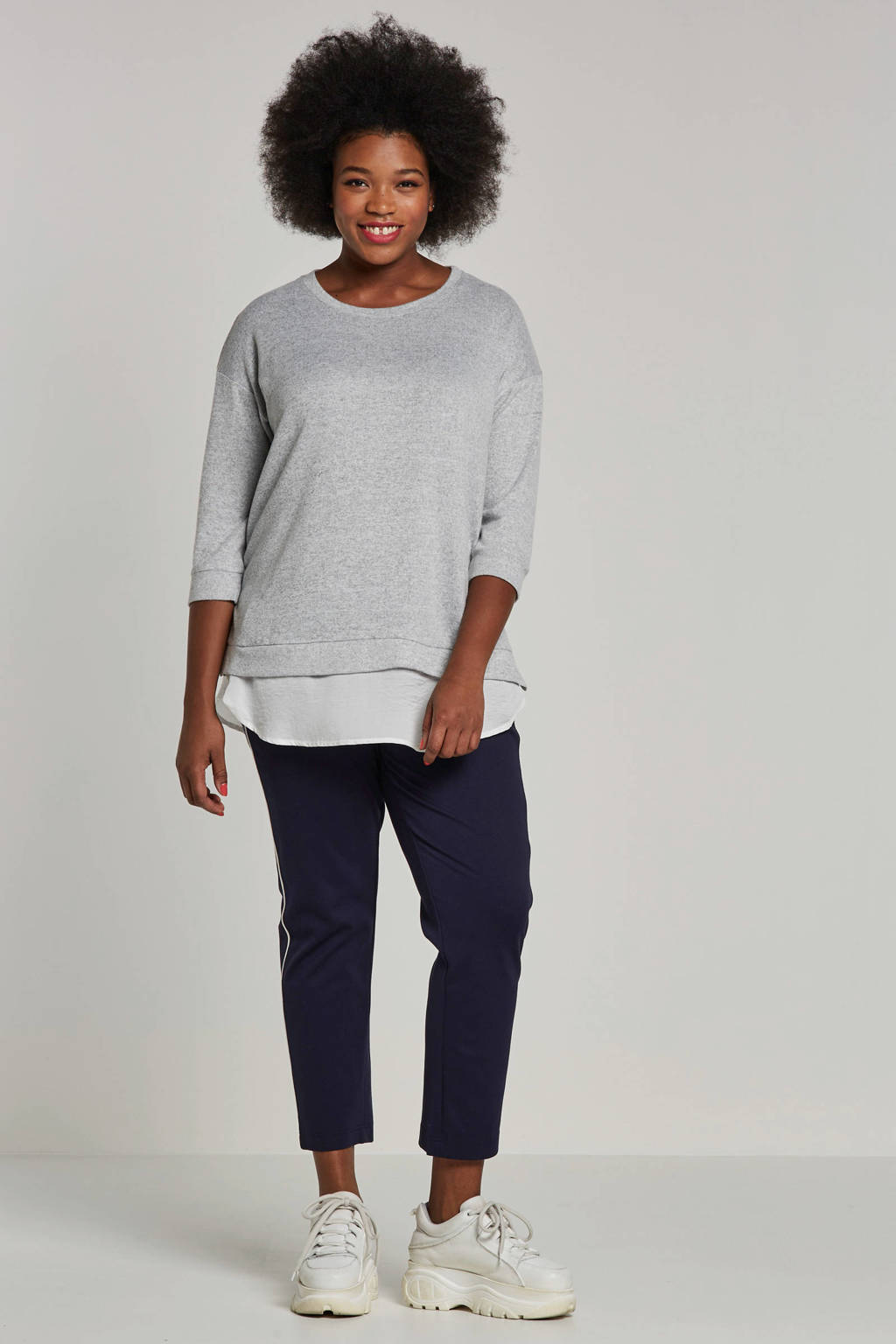 ONLY carmakoma top met blouse strook, Grijs/wit