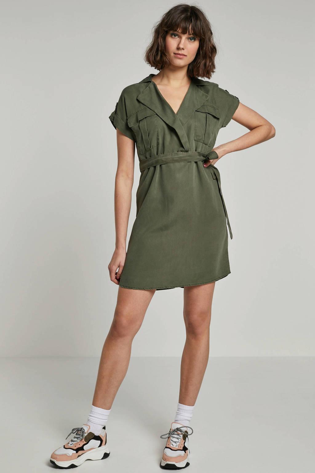 NOISY MAY jurk met bindceintuur groen, Olijfgroen