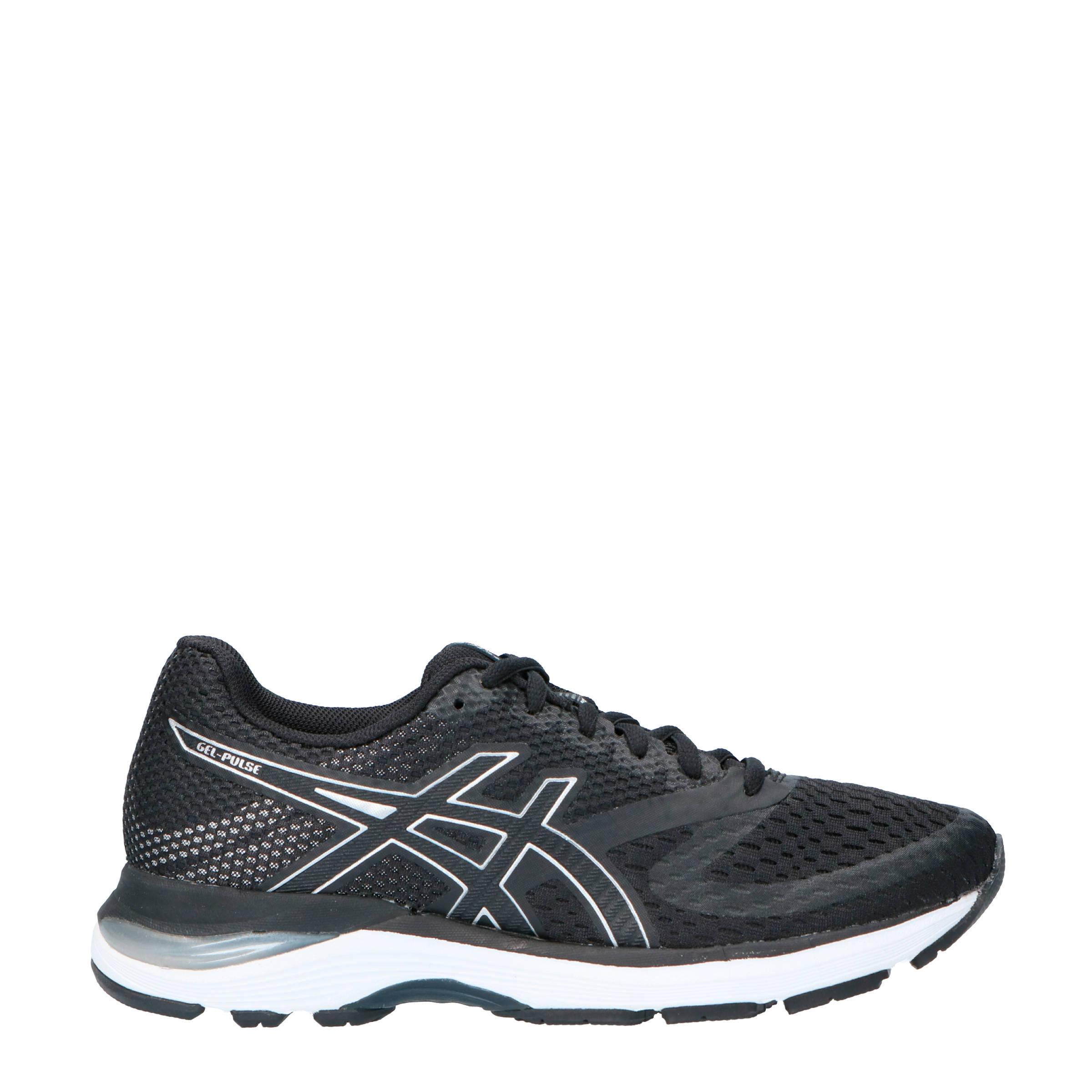 asics schoenen zwart