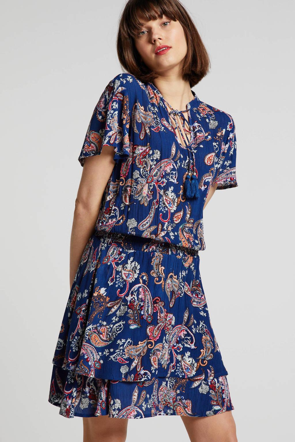 whkmp's beachwave crinkle viscose jurk met paisleyprint, Blauw/rood